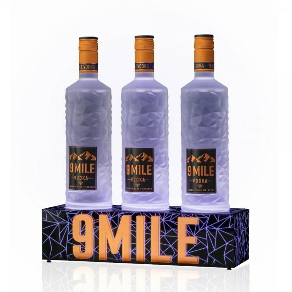Bottle Glorifier für 9 MILE Vodka